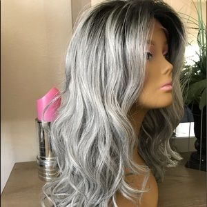 SILVER GREY OMBRÉ FREE PARTING WIG HUMAN BLEND